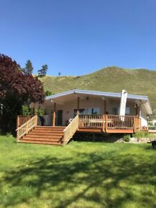 Lakehouse available for rent from Nov 1st - April 30th