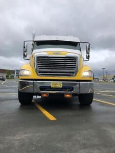 2014 Freightliner Tandem Deck Truck