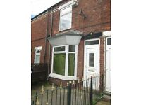 Spacious Two Bed House - Quiet Terrace off Newbridge Road - £330 per month