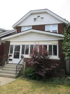 2 storey loft apartment duplex house on Moy, Walkerville High