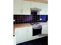 2 bedroom flat in May Lane, Hollywood, Birmingham, B47 (2 bed) (#978114)