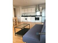 2 bedroom flat in Gallery Apartments, London, E1 (2 bed) (#932504)