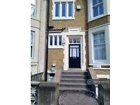 3 bedroom flat in Kyverdale Road, London, N16 (3 bed) (#1165170)