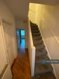 1 bedroom in Ribblesdale Avenue, Northolt, UB5 (#973194)