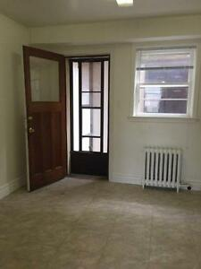 Newly Renovated 2 Bed Apt