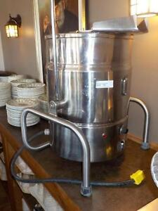 Calico Water-Jacketed Fudge Mixer Kettle - iFoodEquipment.ca