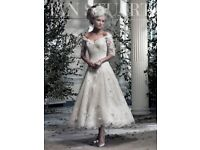 Stunning Ian Stuart Sophia Lace Wedding Dress petite size 6