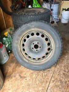4 used 16in black5 holes rims for Toyota Matrix
