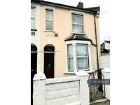 3 bedroom house in Edinburgh Road, London, N18 (3 bed) (#1131453)