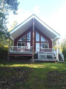 Waterfront Cabin For Sale at Eagle Lake