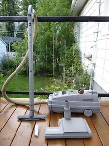 Aspirateur Electrolux comme neuf