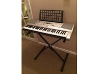 Yamaha Electric Keyboard YPT-310
