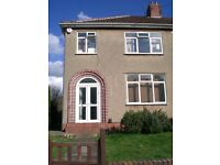 Room to rent Bristol Fishponds sharing house with 2 clean and tidy male professionals