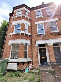 2 bedroom flat in Hackford Road, London, SW9 (2 bed) (#1159582)
