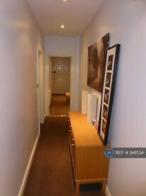 2 bedroom flat in London Court, Liverpool, L3 (2 bed) (#941534)