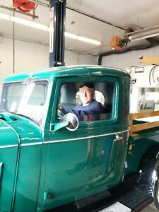 Classic car or truck mobile repair
