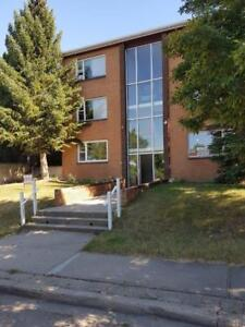 2 bedroom unit located close to downtown - AVAILABLE IMMEDIATELY