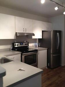 2 BEDROOM APARTMENT NEAR YMCA - HEAT AND HYDRO INCLUDED