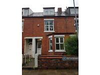 3 bedroom house in Oak Road, Salford, M7 (3 bed) (#920940)