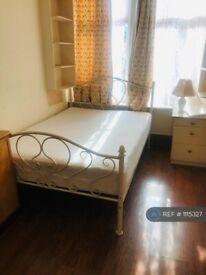 1 bedroom in Wellesley Road, Slough , SL1 (#1115327)