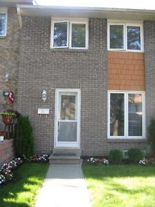 July 1st - Don Mills & Finch - 3br townhouse