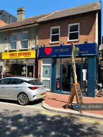 2 bedroom flat in High Street, Purley, CR8 (2 bed) (#1123822)
