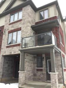 3 BEDROOM TOWNHOME IN ANCASTER (Avail Oct 2018)
