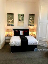 1 bedroom flat in Argyle Square, Sunderland, SR2 (1 bed) (#1044278)