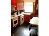 4 bedroom house in Headingley Mount, Leeds, LS6 (4 bed) (#1159137)