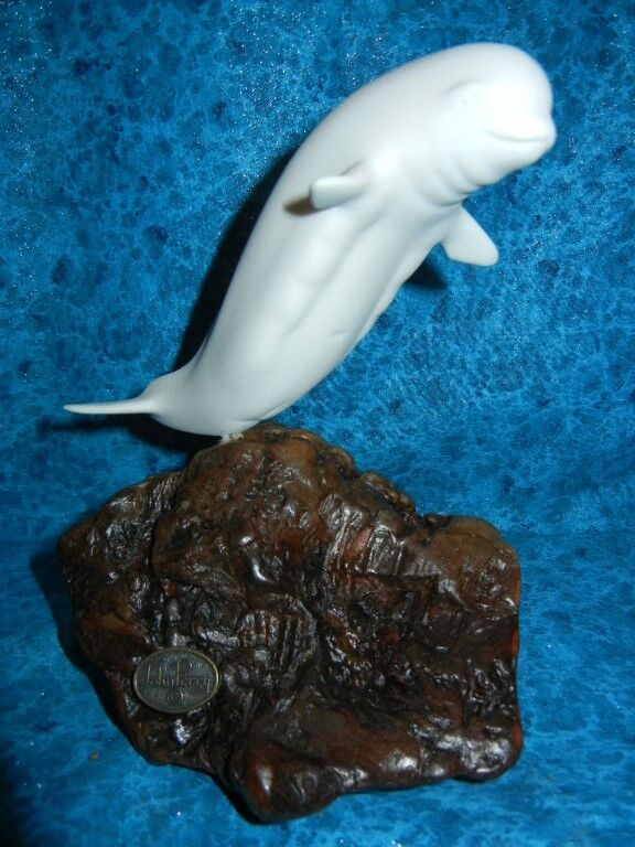 BEAUTIFUL WHITE BELUGA WHALE SCULPTURE - Signed JOHN PERRY SEALIFE STATUE