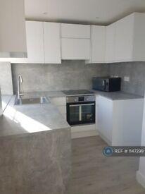 2 bedroom flat in Bideford Avenue, Perivale, Greenford, UB6 (2 bed) (#1147299)
