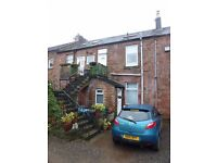 Traditional 1st floor unfurnished cottage apartment, split over 2 levels, in Coatbridge. (ACT 518)