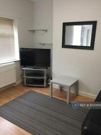 4 bedroom house in Eton Road, Southsea, PO5 (4 bed) (#1025409)