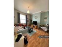 1 bedroom flat in Kinross Road, Waterloo, L22 (1 bed) (#1063345)