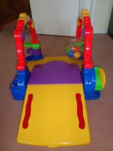 Fisher Price Activity Toy For Kids Only $10 In Excellent Condn.