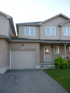 Lovely Townhouse in Fantastic Part of Waterloo