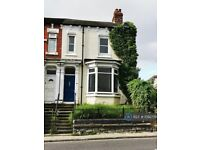 4 bedroom house in Bishopton Road, Stockton-On-Tees, TS19 (4 bed) (#1092778)