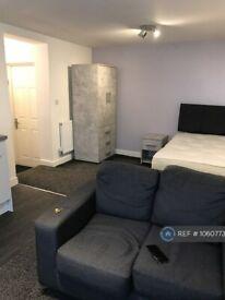 Studio flat in High Street, Stoke-On-Trent, ST6 (#1060773)