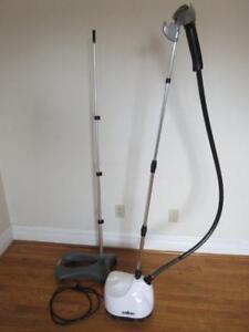 Clothes / Garment Steamer -- Works Perfectly