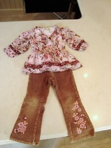 The English Roses Pant & Shirt Set - Size 4T -Age 5 -7 years Old