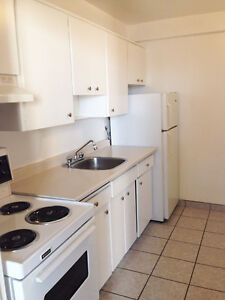 Windsor 2 Bedroom Apartment for Rent: Spacious, ample storage