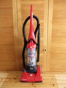 Dirt Devil Featherlite Cyclonic Upright Vacuum Cleaner