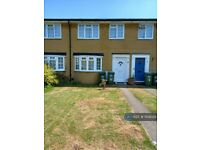 3 bedroom house in Hawksway, Staines-Upon-Thames, TW18 (3 bed) (#1159029)
