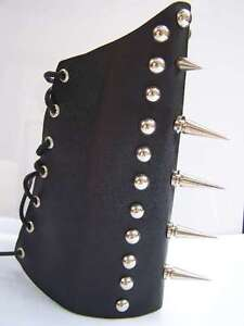 SPIKED-REAL-LEATHER-GAUNTLET-WRISTBAND-GOTHIC-BLACK-METAL-EMO-PUNK-ROCK