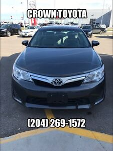 2013 TOYOTA CAMRY LE UPGRADE WITH NAV! CLEAN CARPROOF! ONE OWNE