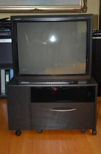 """29"""" Magnavox Color TV with Stand"""