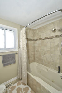 Large 3 bd house, South London, with a pool, great price London Ontario image 5