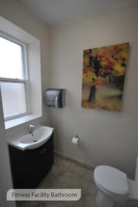 Windsor Bachelor apartment for rent: Convenient central location