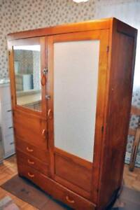 Armoire style penderie