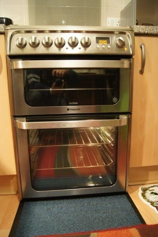 Gas Cooker Fitting >> Hotpoint Double Oven Dual Fuel Cooker - Stainless Steel (60cm)+Grill+ Gas + Oven | in Dundee ...